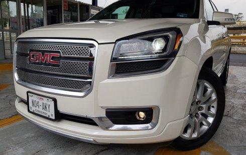 En venta carro GMC Acadia 2015 en excelente estado
