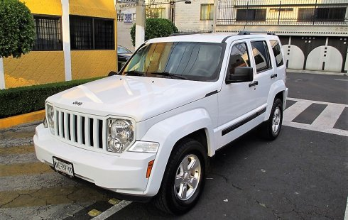 Jeep Liberty 2013 Sport-Piel 4X2