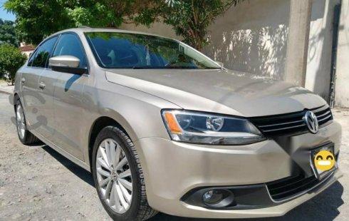 Quiero vender cuanto antes posible un Volkswagen Jetta 2014