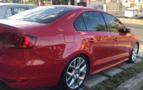 Quiero vender inmediatamente mi auto Volkswagen Jetta 2014