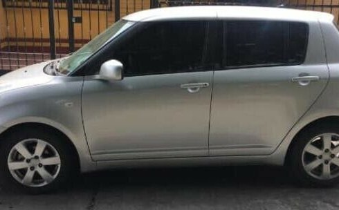 Se vende un Suzuki Swift 2010 por cuestiones económicas