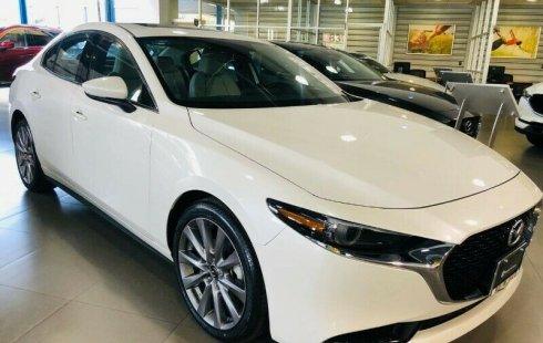 Quiero vender urgentemente mi auto Mazda Mazda 3 2020 muy bien estado