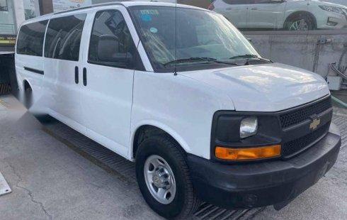 Pongo a la venta cuanto antes posible un Chevrolet Express Van en excelente condicción a un precio increíblemente barato