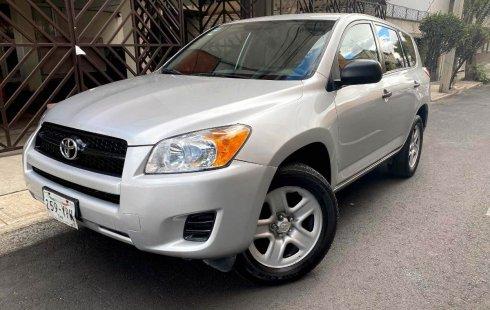 Auto usado Toyota RAV4 2012 a un precio increíblemente barato