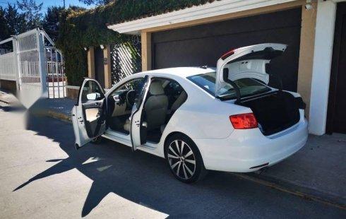 En venta un Volkswagen Jetta 2014 Manual en excelente condición