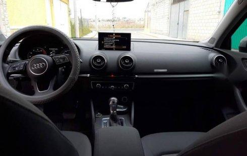 Se vende urgemente Audi A3 2018 Automático en Metepec