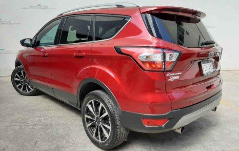 Coche impecable Ford Escape con precio asequible