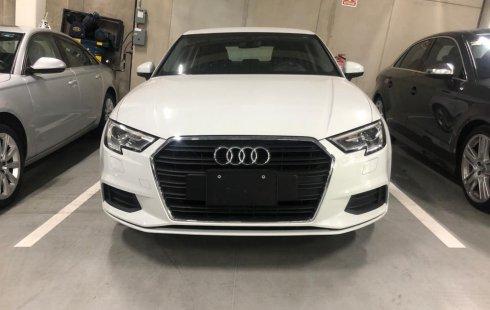 Quiero vender inmediatamente mi auto Audi A3 2019 muy bien cuidado