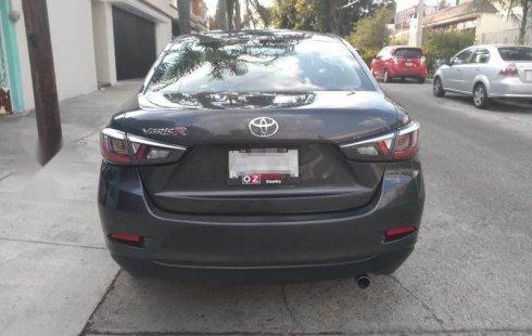 Quiero vender un Toyota Yaris usado