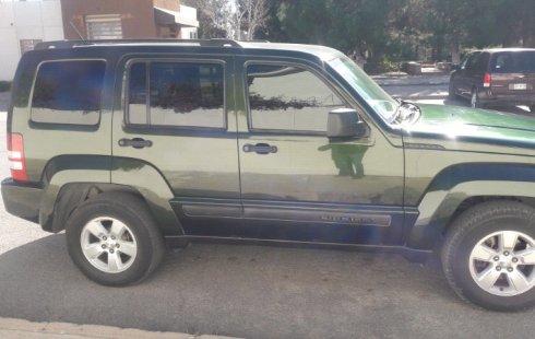 Jeep Liberty impecable en Chihuahua más barato imposible