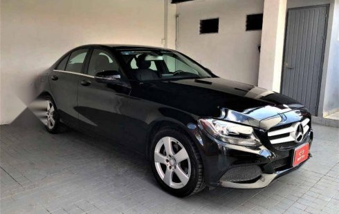 Mercedes-Benz Clase C impecable en Zapopan más barato imposible