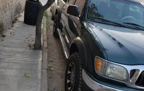 En venta un Toyota Tacoma 2002 Automático en excelente condición