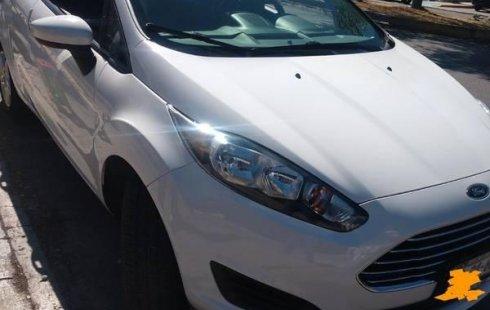 Coche impecable Ford Fiesta con precio asequible