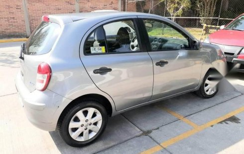 En venta carro Nissan March 2012 en excelente estado