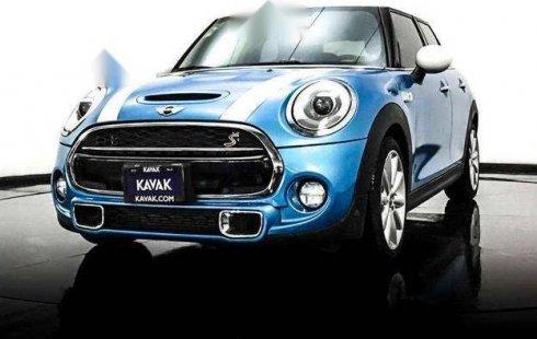 Se vende urgemente MINI Cooper Clubman 2018 Automático en Lerma