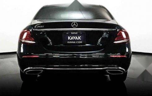 Quiero vender inmediatamente mi auto Mercedes-Benz Clase E 2019 muy bien cuidado