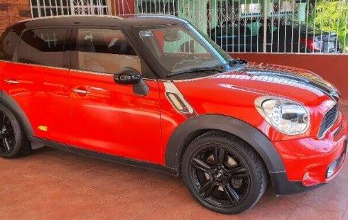 Carro MINI Countryman 2012 en buen estadode único propietario en excelente estado