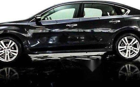 Quiero vender inmediatamente mi auto Nissan Altima 2013 muy bien cuidado