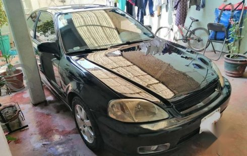 No te pierdas un excelente Honda Civic 2000 Manual en Iztacalco