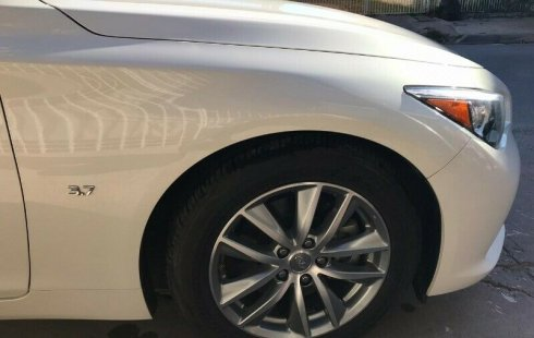 Vendo un Infiniti Q50 impecable
