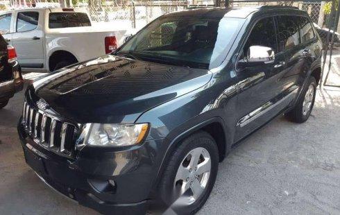 Urge!! Vendo excelente Jeep Grand Cherokee 2011 Automático en en Guadalajara