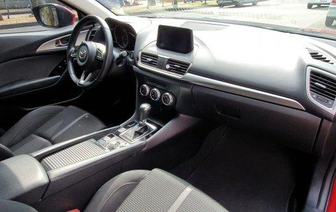 Se vende un Mazda 3 2018 por cuestiones económicas