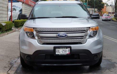Carro Ford Explorer 2013 en buen estadode único propietario en excelente estado