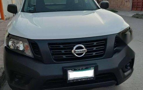 En venta un Nissan NP300 2018 Manual muy bien cuidado