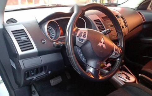 Urge!! Un excelente Mitsubishi Outlander 2009 Automático vendido a un precio increíblemente barato en Cuauhtémoc