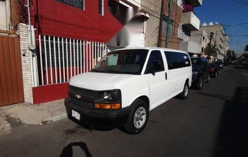 Quiero vender inmediatamente mi auto Chevrolet Express Van 2009