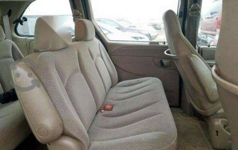 Se vende urgemente Chrysler Voyager 2003 Automático en Venustiano Carranza