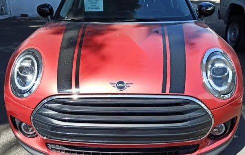Quiero vender urgentemente mi auto MINI Cooper Clubman 2020 muy bien estado