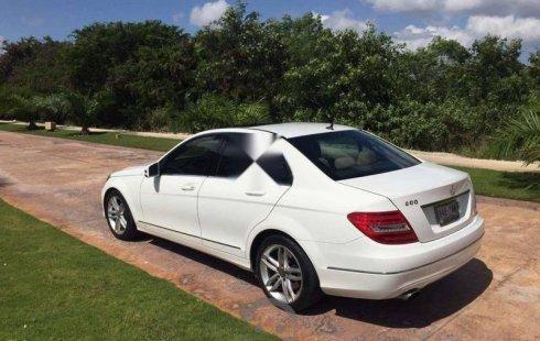 Pongo a la venta cuanto antes posible un Mercedes-Benz Clase C en excelente condicción