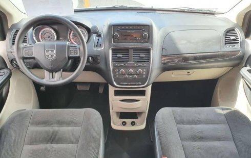 Precio de Chrysler Grand Caravan 2017
