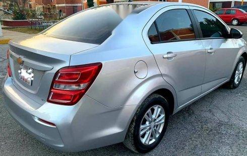 Quiero vender inmediatamente mi auto Chevrolet Sonic 2017 muy bien cuidado