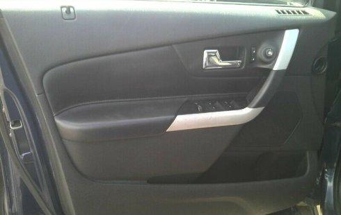 Un Ford Edge 2012 impecable te está esperando