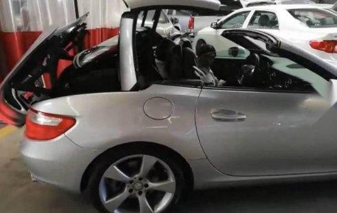 Quiero vender cuanto antes posible un Mercedes-Benz Clase SLK 2012
