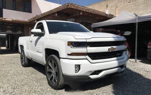No te pierdas un excelente Chevrolet Cheyenne 2016 Automático en Guadalajara