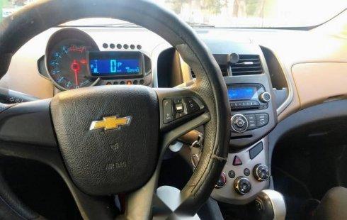 Un carro Chevrolet Sonic 2012 en Nezahualcóyotl