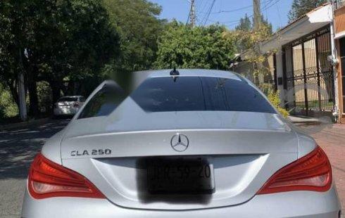 Se vende urgemente Mercedes-Benz Clase CLA 2014 Automático en Zapopan