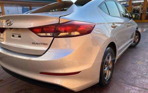 Hyundai Elantra 2018 barato en Iztapalapa