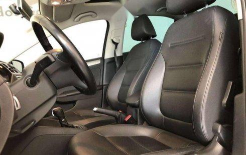 Un Volkswagen Jetta 2017 impecable te está esperando