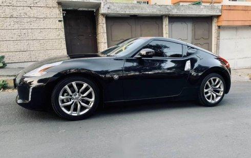 Quiero vender inmediatamente mi auto Nissan 370Z 2014