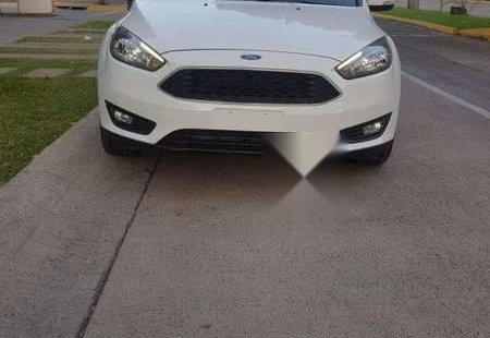 En venta carro Ford Focus 2016 en excelente estado