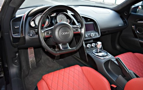 Vendo un carro Audi R8 2008 excelente, llámama para verlo