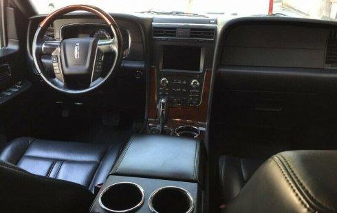 Quiero vender urgentemente mi auto Lincoln Navigator 2015 muy bien estado