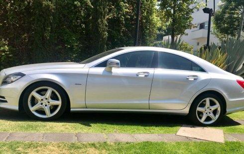 Quiero vender inmediatamente mi auto Mercedes-Benz Clase CLS 2012