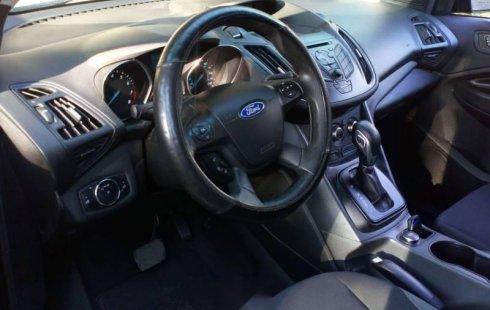 Quiero vender cuanto antes posible un Ford Escape 2014