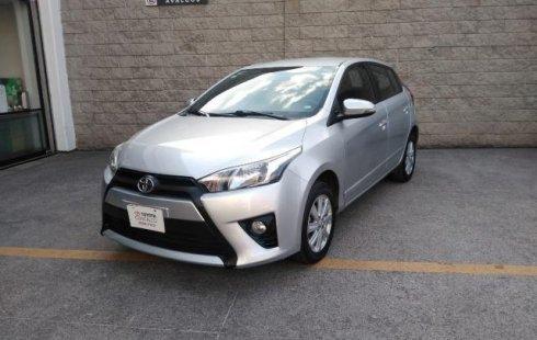 Vendo un carro Toyota Yaris 2017 excelente, llámama para verlo