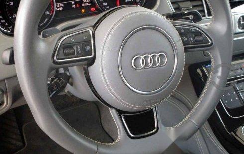 Se vende un Audi A8 de segunda mano